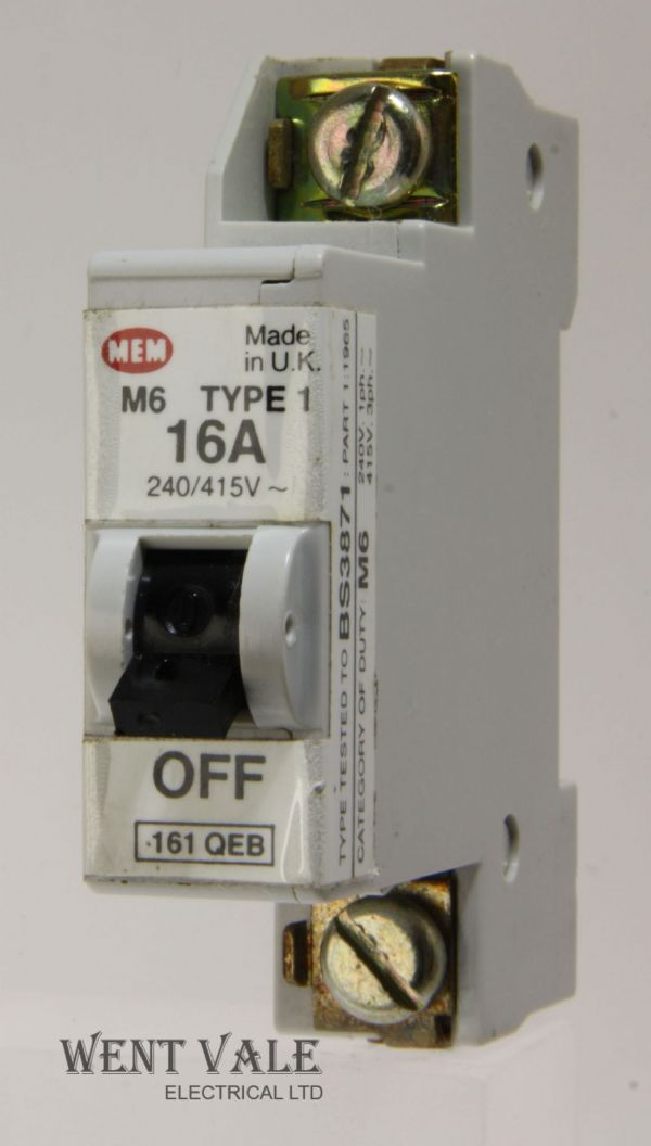 MEM Memera 21 - 161QEB - 16a Type 1 Single Pole MCB Used